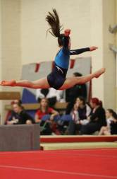katie_Split leap